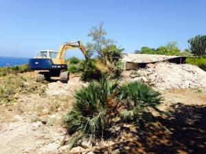 Foto demolizioni  Capo Rama